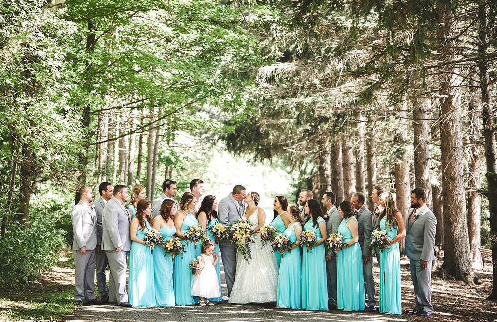 180811_RosebudEstatesWeddingPhotography_WesternNYWeddingPhotographer_By_BriJohnsonWeddings_0069.jpg