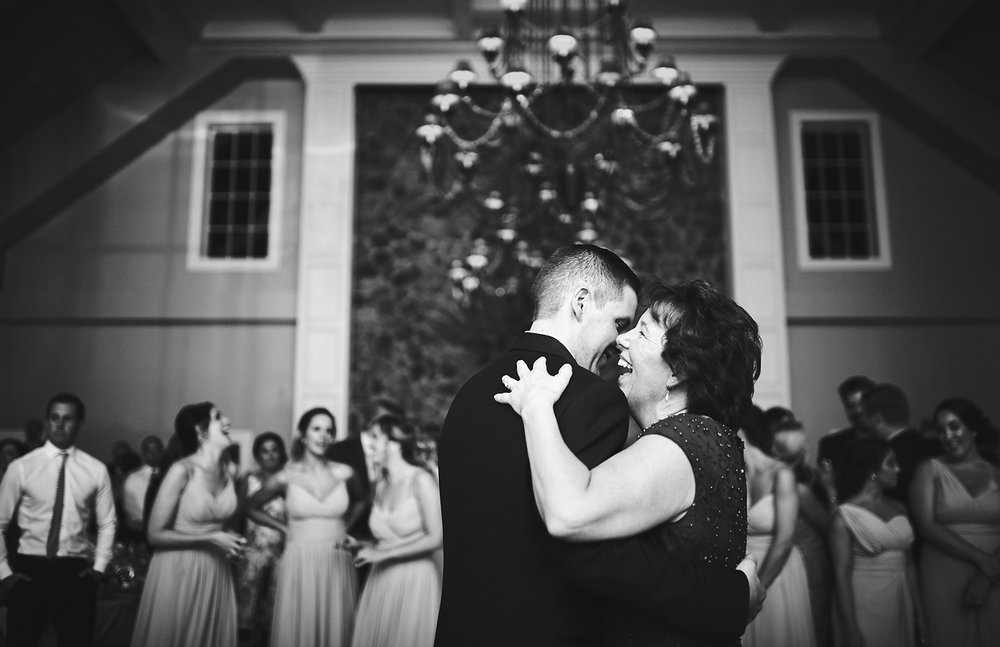 180915_TheRylandInnWeddingPhotography_StylishModernWeddingPhotography_NewJerseyWeddingPhotographer_by_BriJohnsonWeddings_0169.jpg