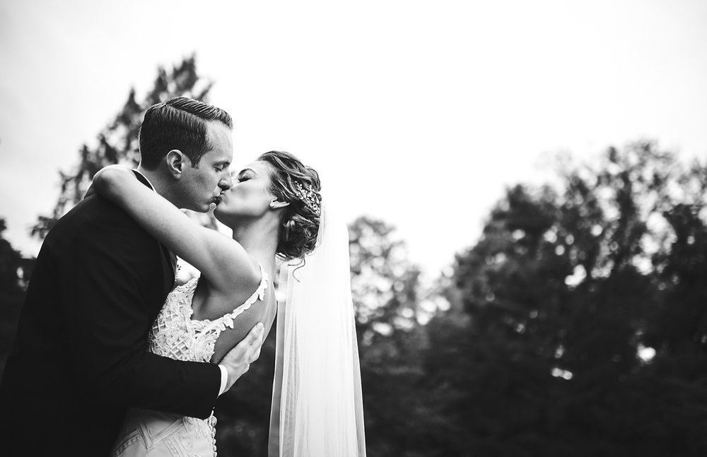 180921_PlesantdaleChateauWeddingPhotography_ModernNewJerseyWeddingPhotographer_By_BriJohnsonWeddings__0052.jpg