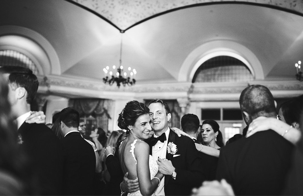 180921_PlesantdaleChateauWeddingPhotography_ModernNewJerseyWeddingPhotographer_By_BriJohnsonWeddings__0127.jpg