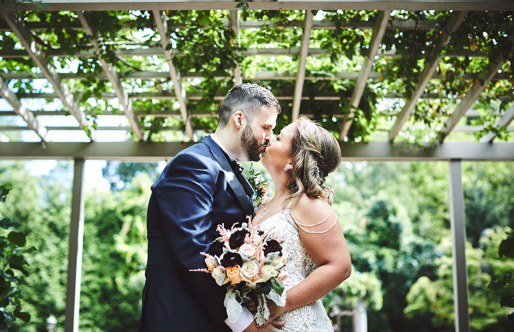 180922_CrestHollowCountryClubWeddingPhotography_LongIslandWeddingPhotographer_By_BriJohnsonWeddings_0067.jpg