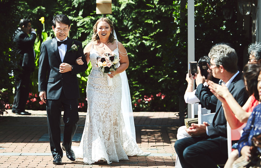 180922_CrestHollowCountryClubWeddingPhotography_LongIslandWeddingPhotographer_By_BriJohnsonWeddings_0075.jpg