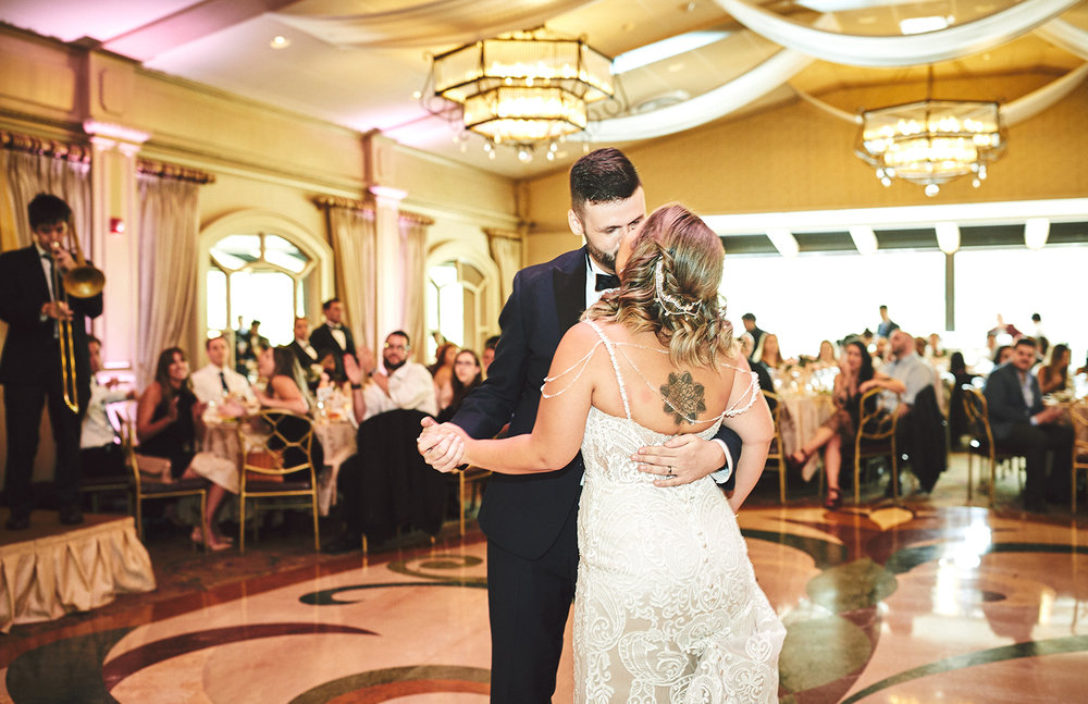 180922_CrestHollowCountryClubWeddingPhotography_LongIslandWeddingPhotographer_By_BriJohnsonWeddings_0109.jpg