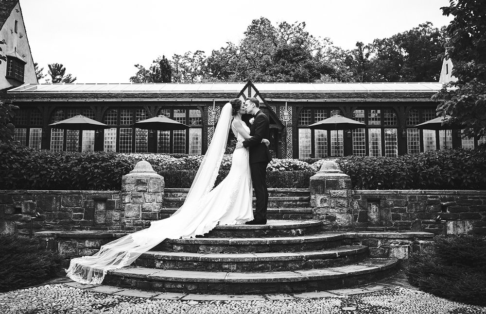 Ryan & Gina: Pleasantdale Chateau, NJ
