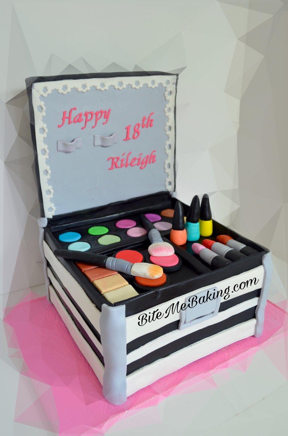 Makeup Box Cake