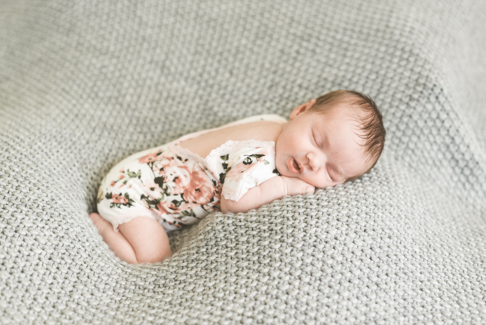 Colorado Newborn Lifestyle PhotographerColorado Newborn Lifestyle Photographer