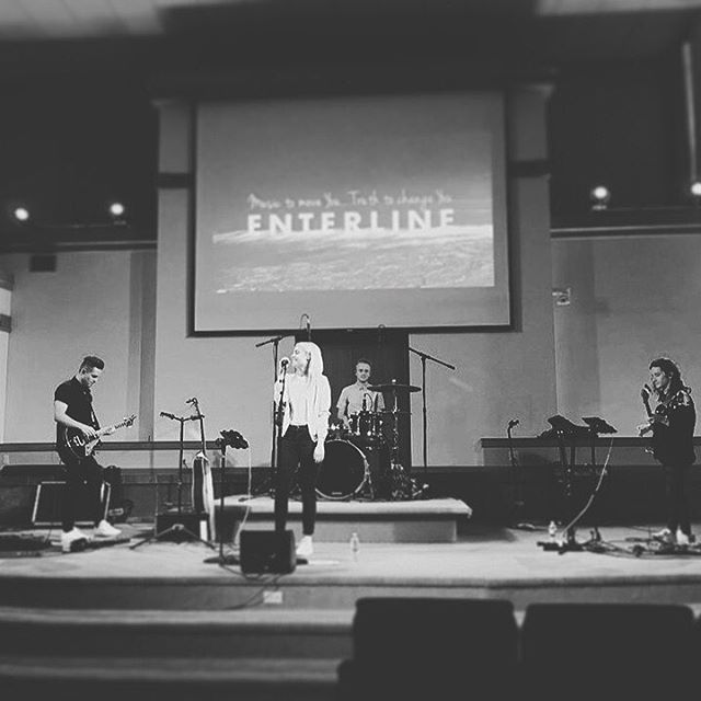 We're back at Calvary Chapel Pasadena this Sunday night.  Excited to share our heart and songs from Kingdoms with you!  Calvary Chapel Pasadena  Sunday Night // 03.31.19 // 6PM 2200 Colorado Blvd, Pasadena, Ca 91107