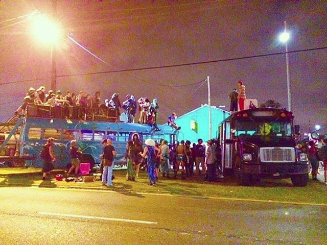 Thank you #neworleans what a magical city. Junxion activation station in the middle of a street. More renegade street parties. #nola #nyc #junxionnyc #carnival #mardigras2017 @theblackeaglebus @bluebyrdbus