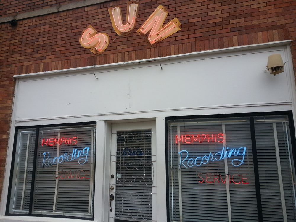 The exterior of the historic Sun Records. Photo by Vincent L. Stephens.
