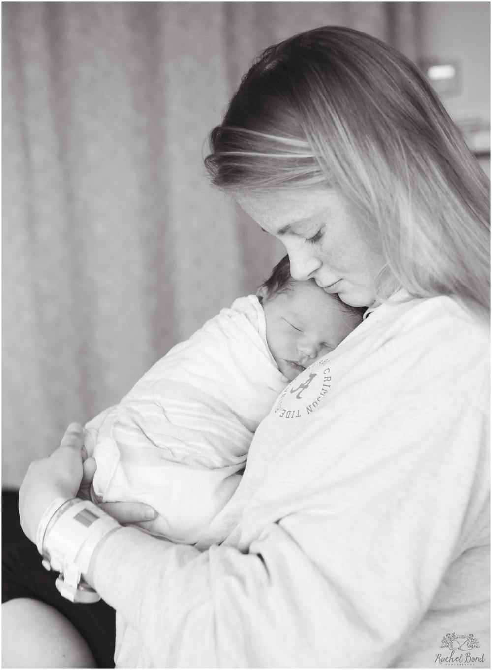 Rachel-Bond-Birmingham-AL-baby-photographer-6246bw.jpg