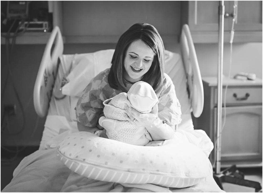 newborn-photographer-birmingham-al-rachel bond_0042.jpg
