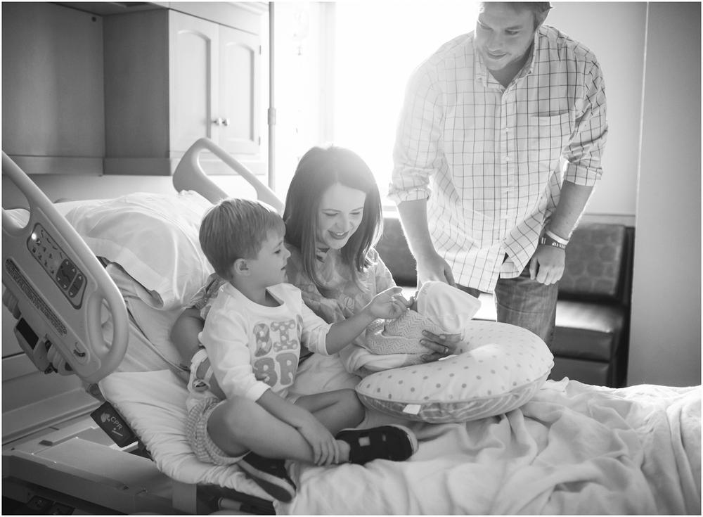 newborn-photographer-birmingham-al-rachel bond_0045.jpg
