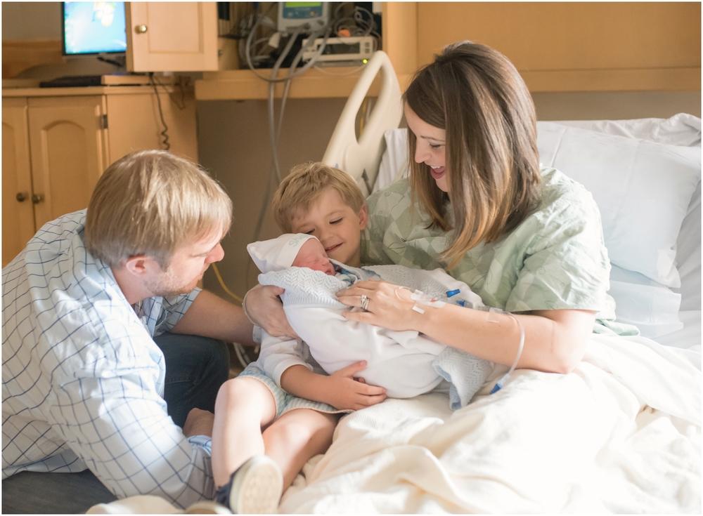 newborn-photographer-birmingham-al-rachel bond_0054.jpg