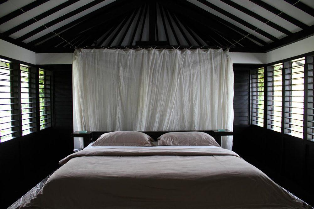 Morabito-Art-Villa---Canopy-Suite-bedroom1.jpg & THE CANOPY SUITE u2014 MORABITO ART VILLA