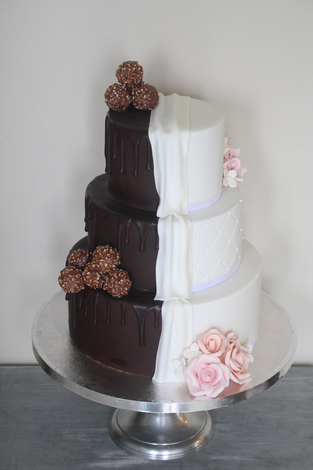 TIPS FOR ORDERING YOUR WEDDING CAKE — Wed in Waikato