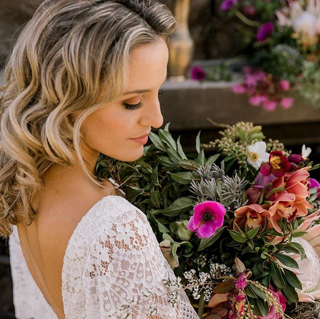 Thought you deserved a little treat today... a very sneaky peak of a recent styled shoot at The Red Barn. How gorgeous right?! Shoot by this collective of Waikato wedding creatives: @creativeboxnz  @abbiehartlandmakeupartist  @sweeteventsphotographynz  @adorabridalhair  @sweetavenuecakes  @petalpassionnz @thestyledtable  @astrabridal.hamilton  Plus jewellery from @thestylefederation . . . . . . . #onewonderfulday #weddingfair #nzwedding #waikatoweddings #nzbride #weddinginspiration #weddinginspo #weddingdirectory #bridetobe #waikatobride #kiwibride #weddingplanning #weddingcake #weddingstationery #weddingstylist #weddingplanner #weddingphotographer #weddingflowers #weddingdecor  #waikato #modernwedding #weddingideas #weddingblog #weddingdetails #engaged #weddingtent #wedinwaikato #realweddings #justengaged
