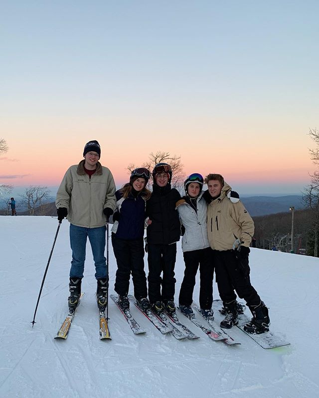 Where will E-Club take you?🎿🌄Come hang out with the community at the Spring Semester Kickoff on February 7th!