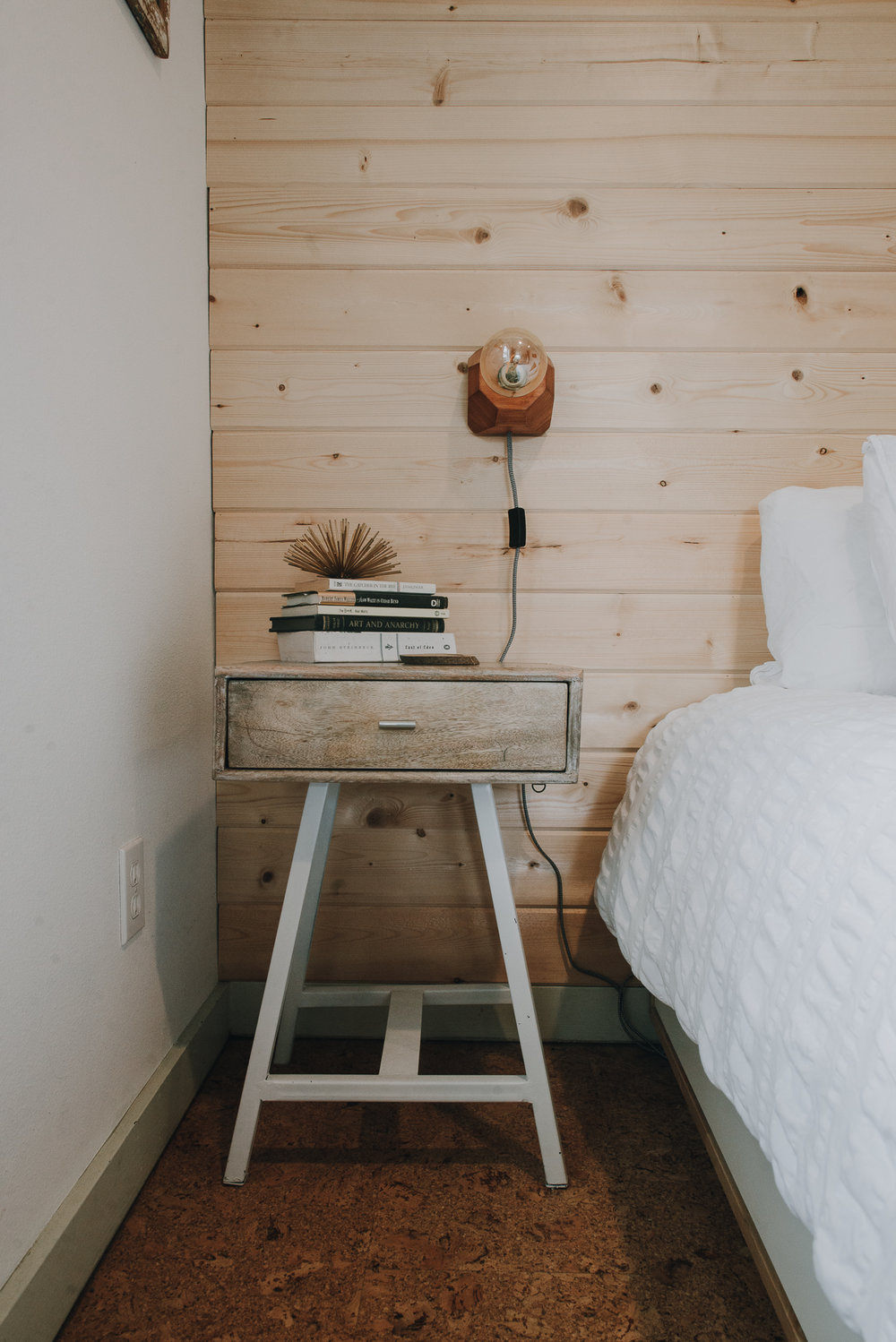 portland home, airbnb, rental staging, rental styling, vacation rental, modern design, interior design, home staging, shiplap, home decor, home styling