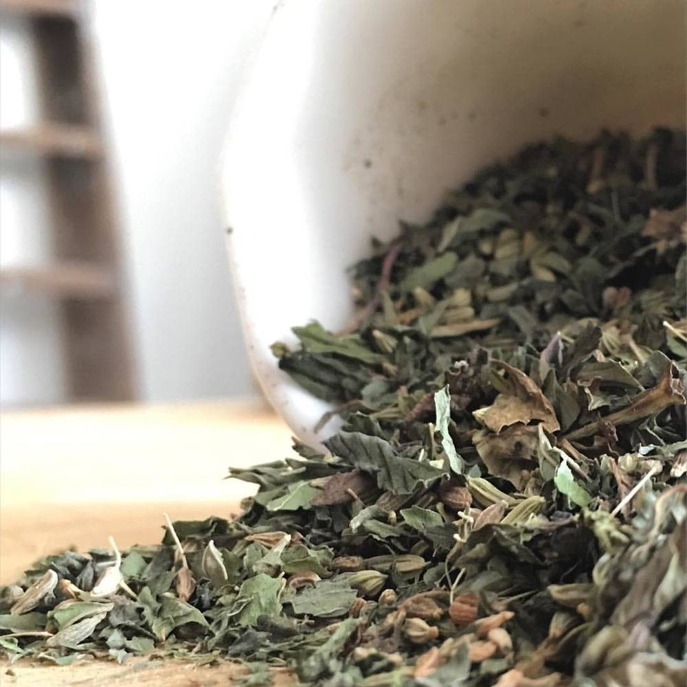 PENNY BLEND   This cooling blend for the fiery Pittas of the world has been crafted using Ayurvedic principals and will help to soothe body and mind.   Great for your digestion and can be enjoyed iced too!  INGREDIENTS & INFO   Organic peppermint, fennel, aniseed