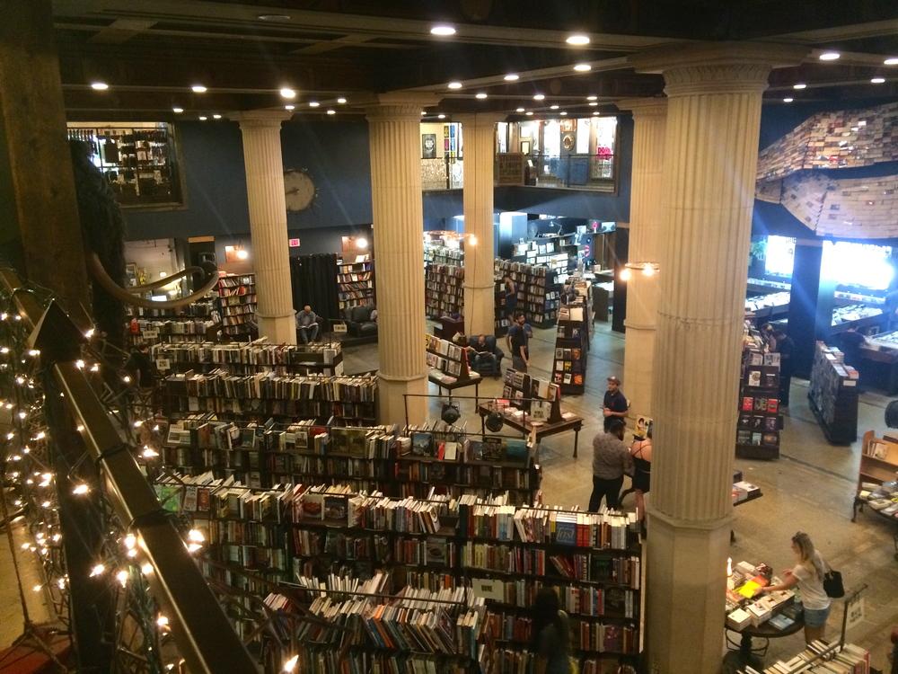 thelastbookstore_3.jpg