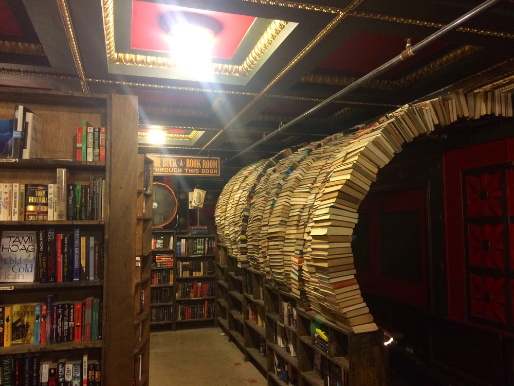 book_tunnel_last_bookstore.jpg