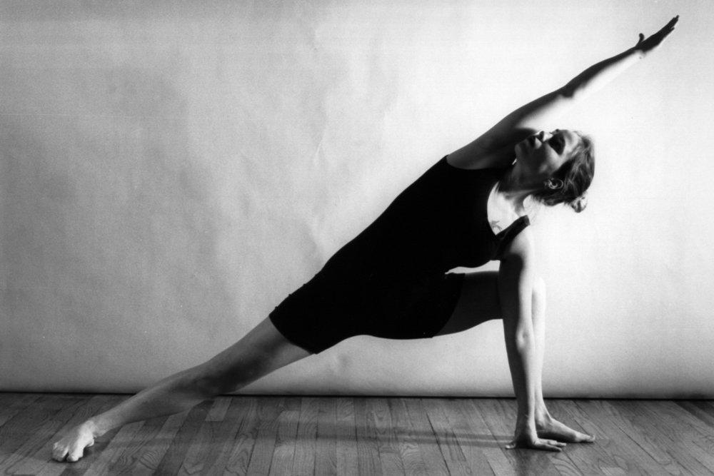 yoga-1240391.jpg