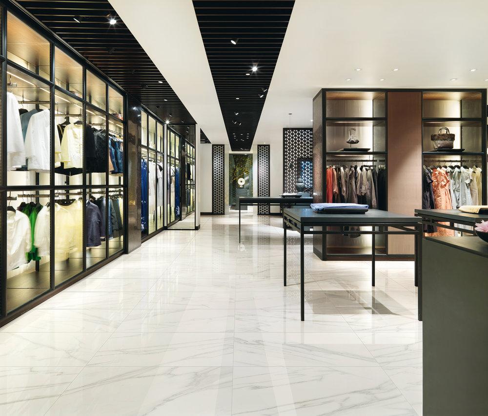 MR_carrara_negozio.jpg