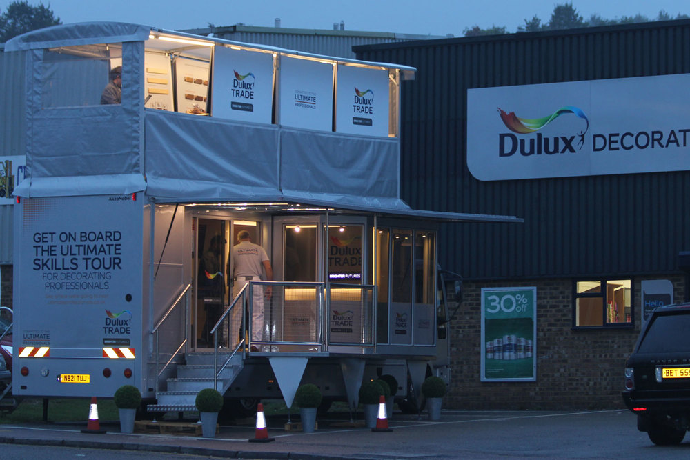 bus_business_1500x1000_0001_dulux.jpg
