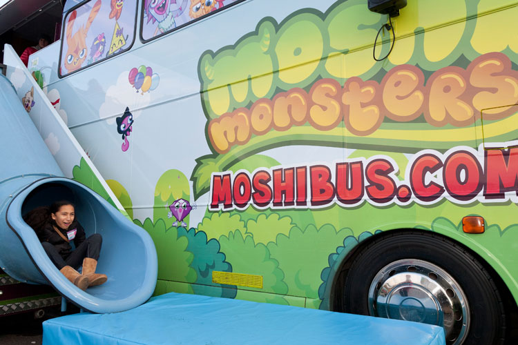 2016_bus_business_moshi_02.jpg