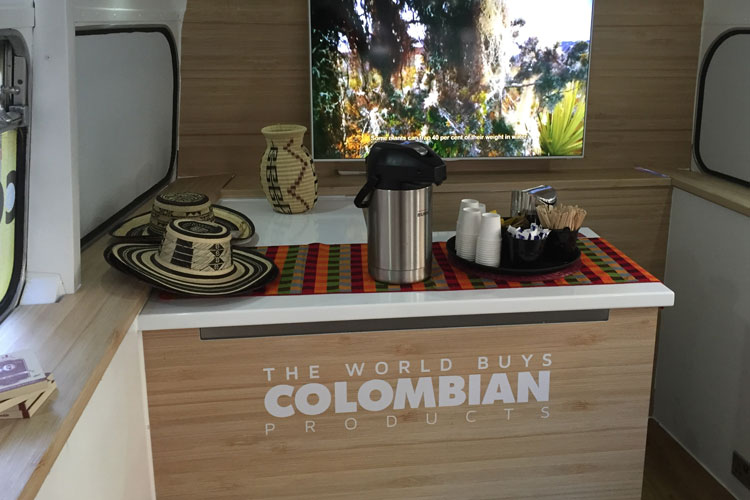 2016_bus_business_colombia_05.jpg