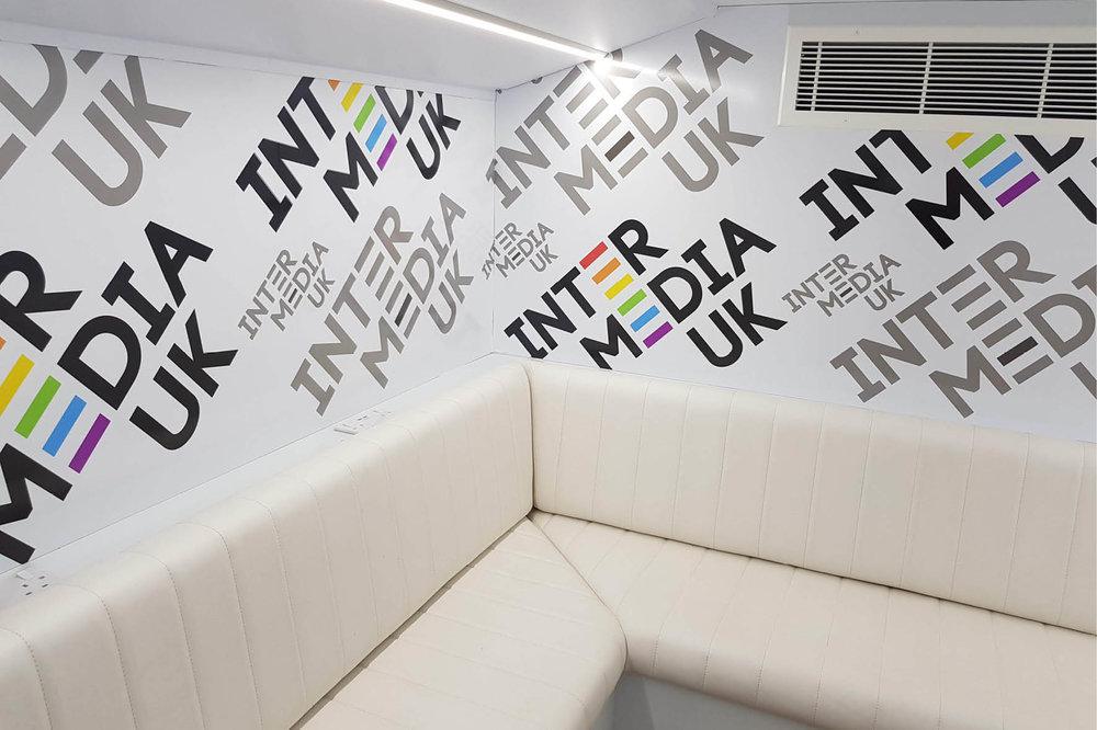 bus_business_london_pride_2018_.jpg