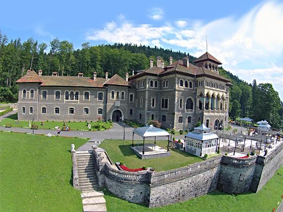 Pentru Horwath HTL: studii prefezabilitate pentru componentele hoteliere ale unei noi statiuni pe Valea Prahovei realizata pe domeniul Castelului Cantacuzino, Sept-Noi 2010