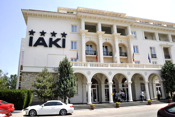 Asset management, negotiation with international hotel groups, operations performance improvements, reporting/budgeting USALI, IAKI Hotel Mamaia: Jan 2004 - to date