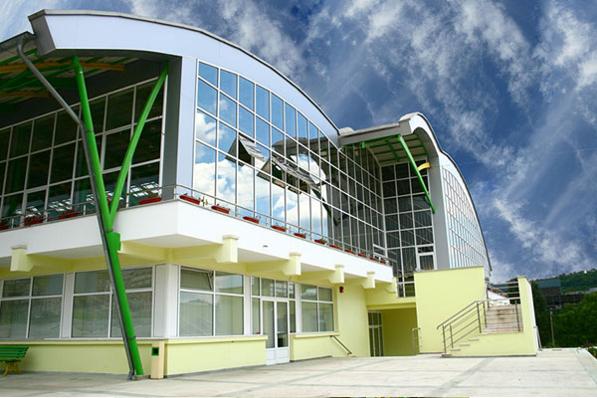 Plan de afaceri pentru renovare si repozitionarea centrului de congrese si evenimente AGORA din Iasi - 2017