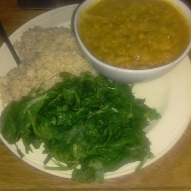 Back on #highcarb #kick Yum. #homemade #red #lentil #vegan #dal #basmatirice #spinach #delicious couldn't wait till after 4 was just so tasty #dixiedaye #plantbased #veganfoodporn #veganpower
