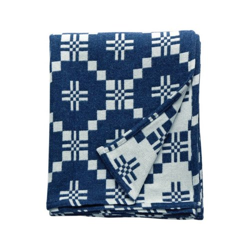 3. St. David's Cross Throw - by Melin Tregwynt. You can never have too many blankets and throws and this one looks particularly snuggly!