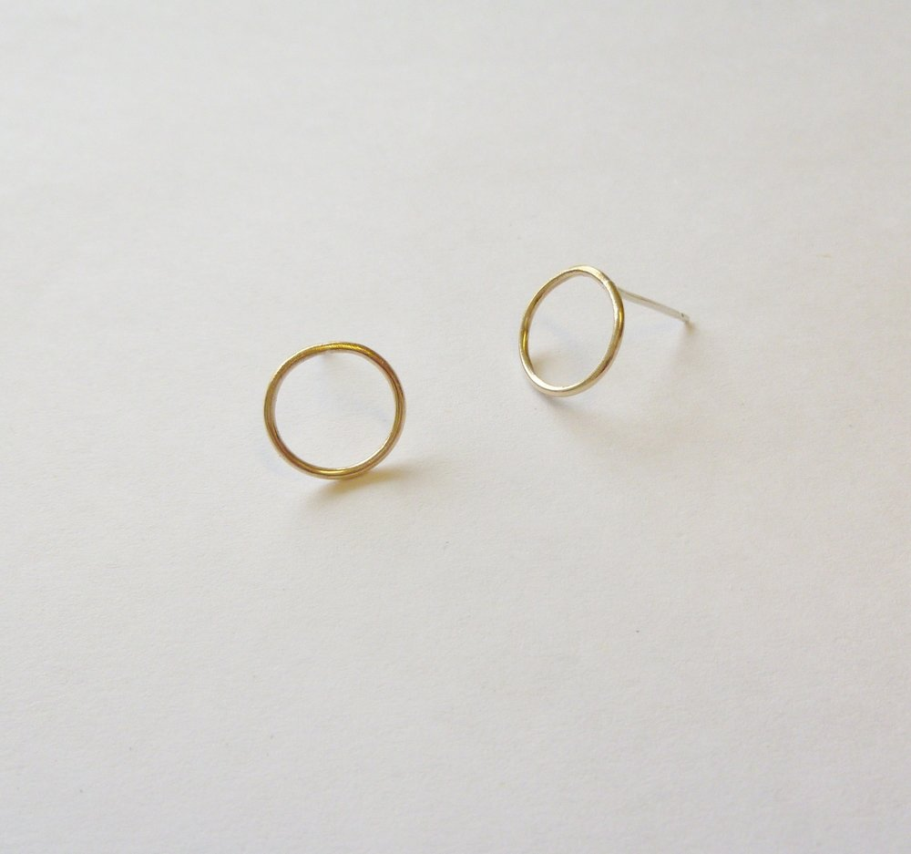 2.Gold Circle Earrings - Hand-formed 24ct Gold plated earrings. Beautifully simple circle earrings. Ideal for the minimalist lover.    £25