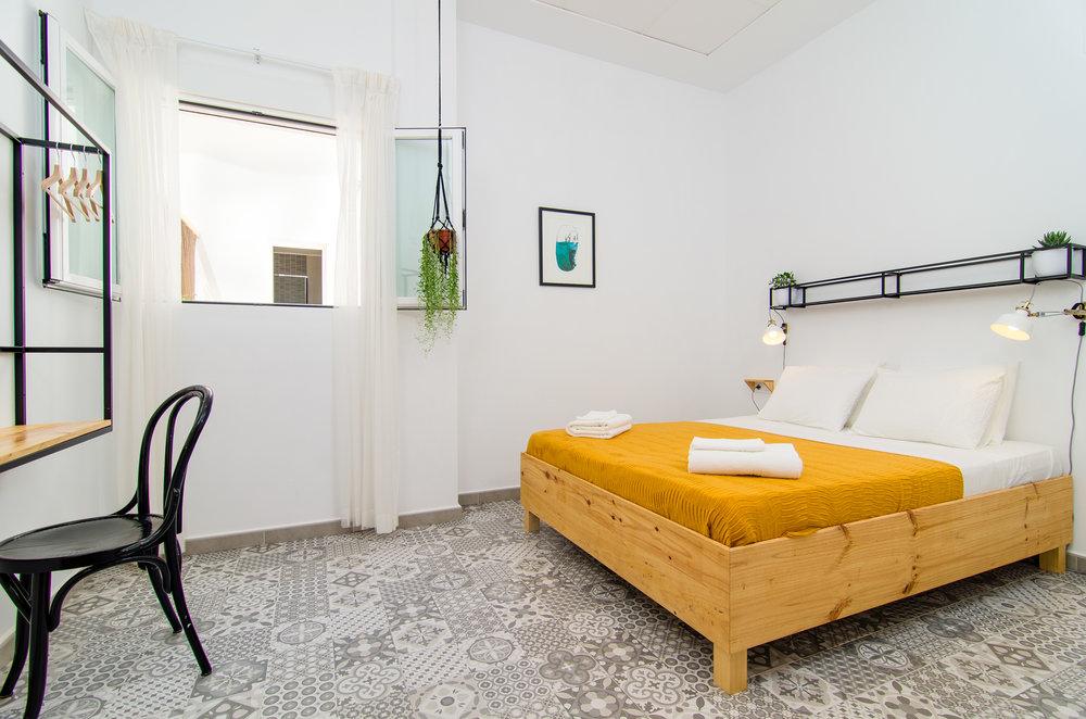 Double room with shared bathroom at Zalamera B&B.jpg