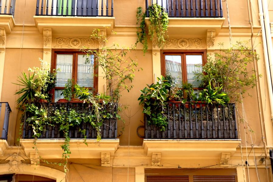 Mediteranean facade.JPG