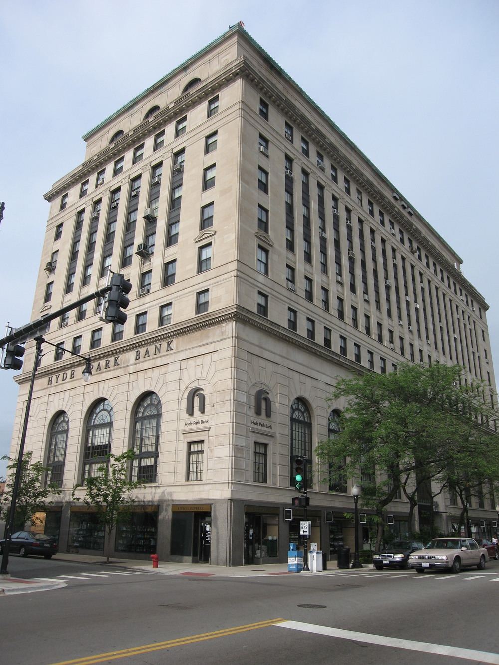 Hyde Park Bank Building - 1525 E. 53rd