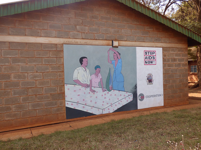 During the first antenatal visit in Malawi, it is compulsory that an expectant mother does HIV counseling and testing. Photo: White Ribbon Alliance