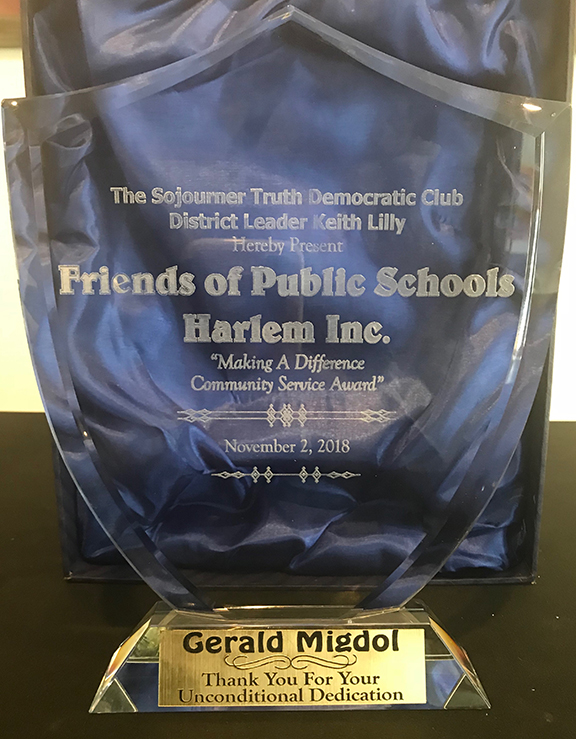 Award IMG_3965.jpg