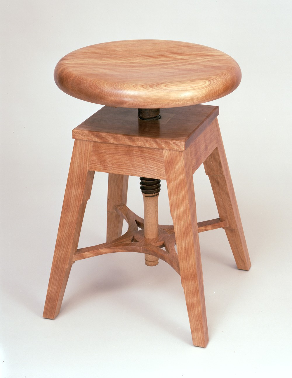 Charming Meredith Hart, Piano Stool 1x 6 22 13