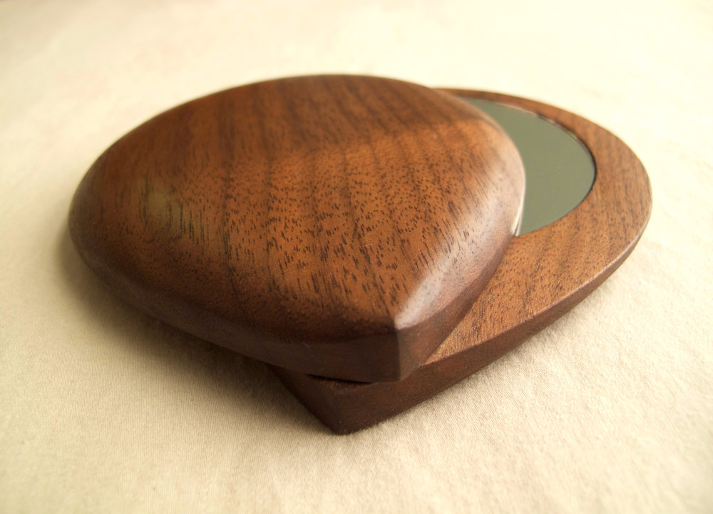 Compact mirrors on Etsy! - Check out my etsy shop for these mini, tote-able bits of woodwork!