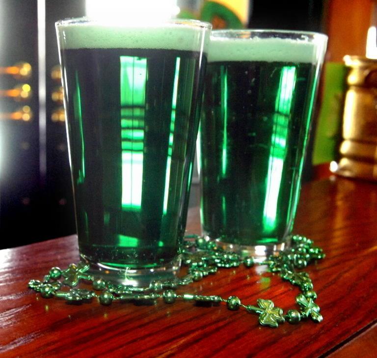 green-beer-st-patricks-day-0f0bda9760a6cc69.jpg