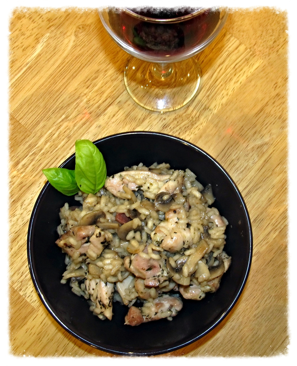 Dairy-free chicken, bacon and mushroom risotto tastes like unhealthy and fattening comfort food, but it's not bad for you at all.