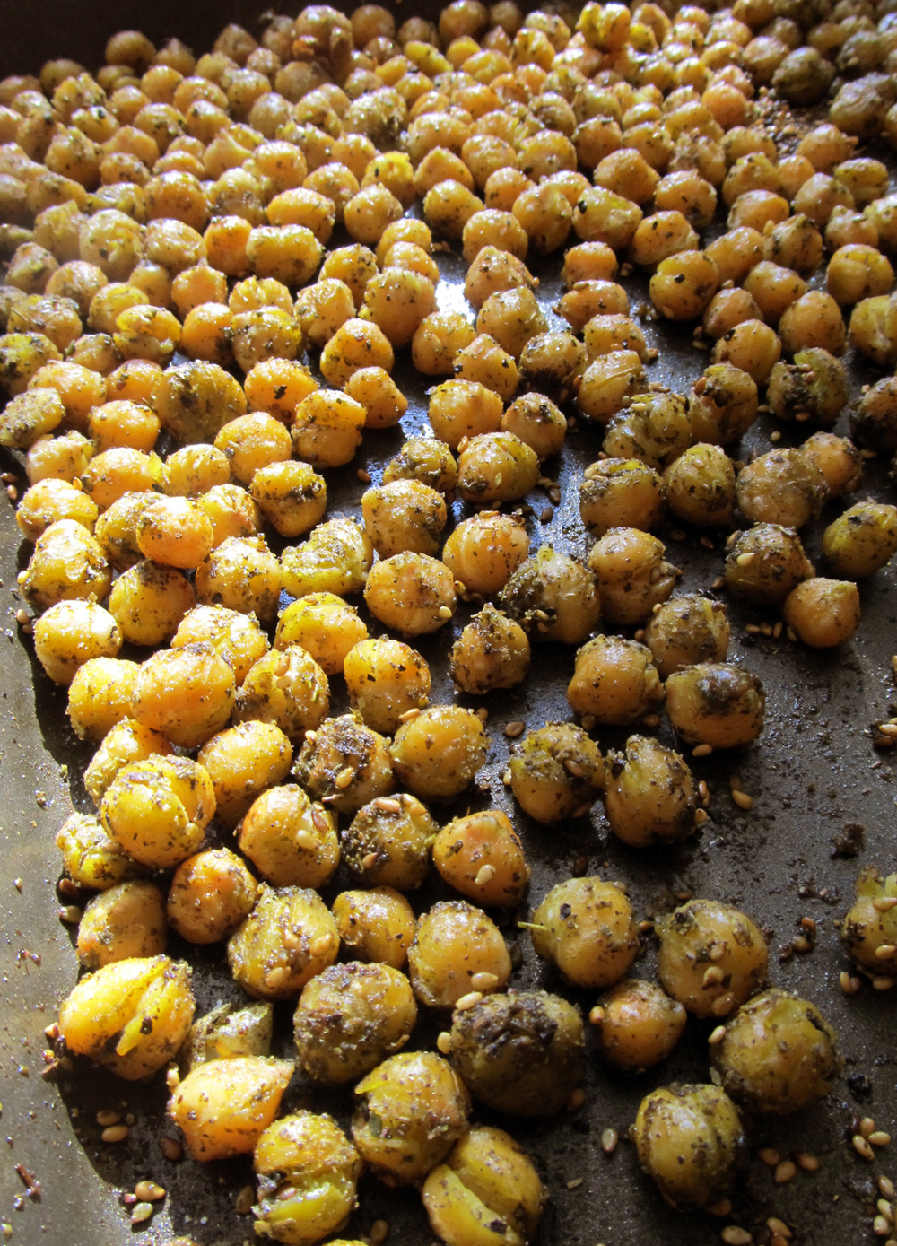 Roasted chickpeas are also a tasty, savory and portable high-protein snack.