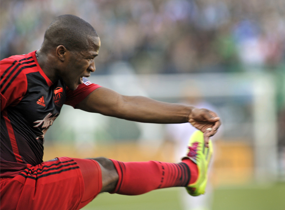 In this picture, the only body parts Darlington Nagbe uses to touch a ball.