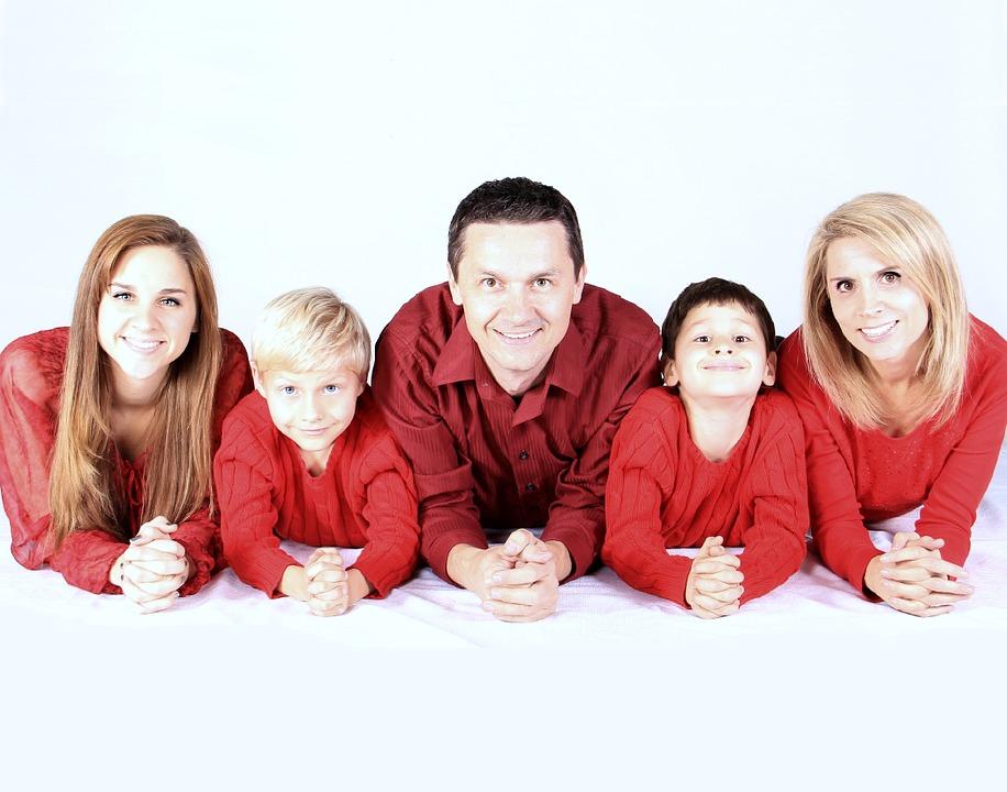 family-521551_960_720.jpg
