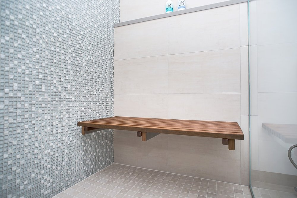 Choosing The Best Shower Tile For A Master Bath Design and Remodel ...